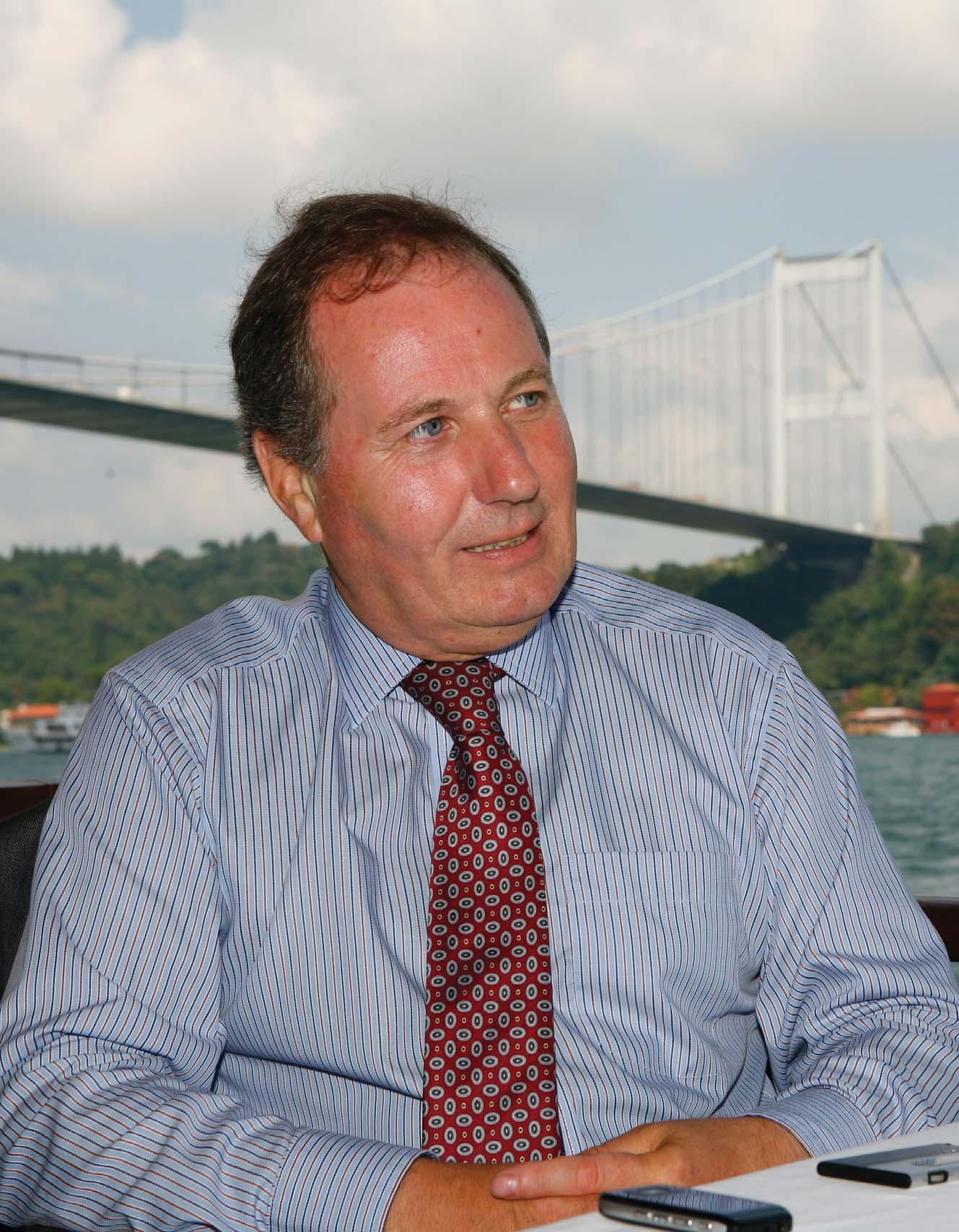 İngiliz Araç Kiralama ve Leasing Birliği (BVRLA) Başkanı John Lewis
