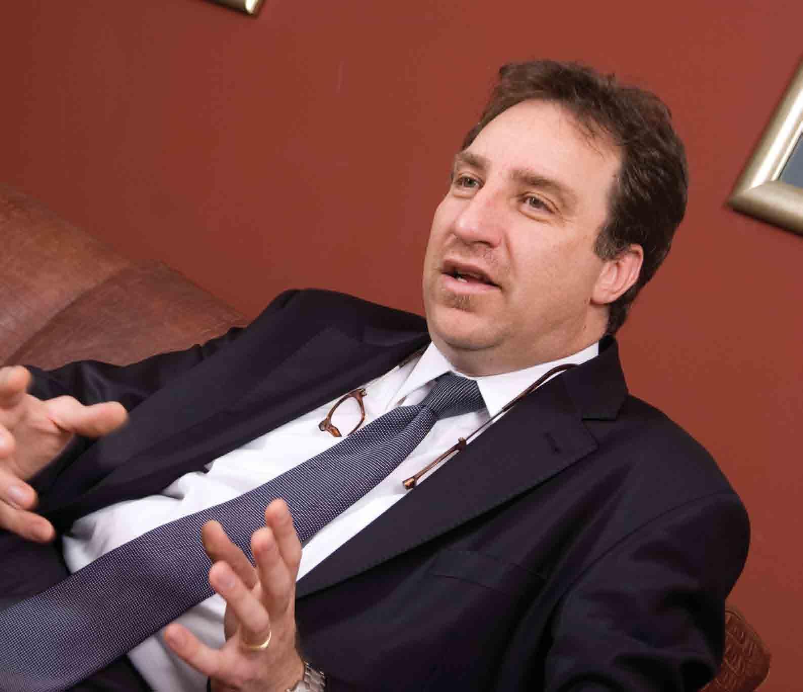 Renault Mais Satış ve Şebeke Müdürü Merih Tüzün